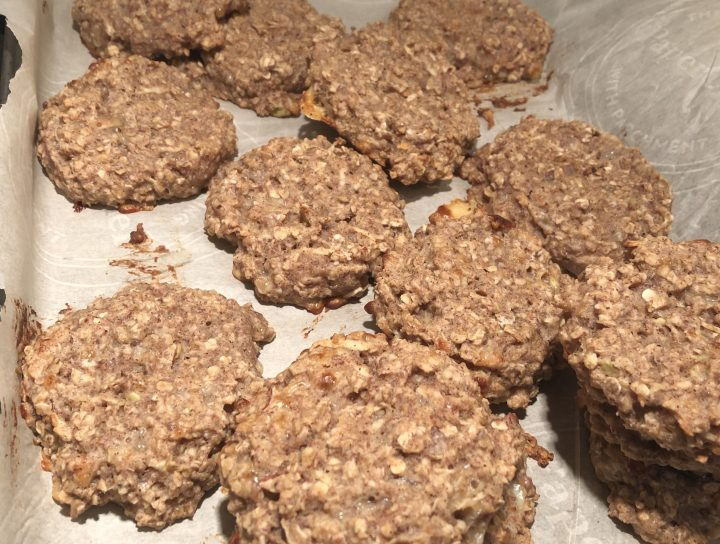 Millet, chia seeds and buckwheat cookies