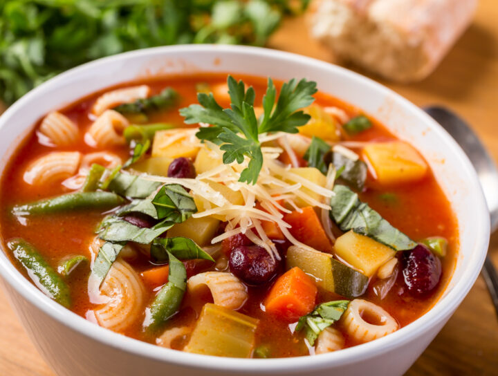 Minestrone soup rich in protein